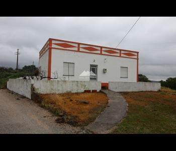 Casa Térrea T1 perto da Barragem do Beliche