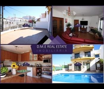 Moradia T3+1 com excelentes áreas e condições com garagem e piscina